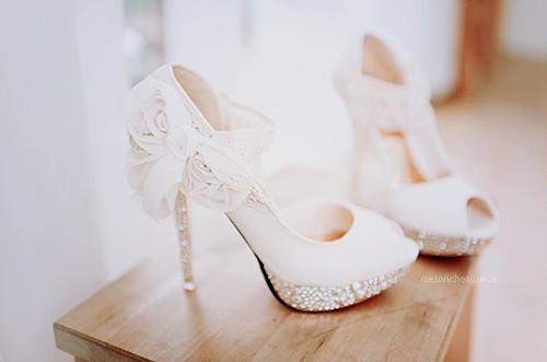 c02d9e2924eb Kde nájdem tieto topánky  - - Topánky