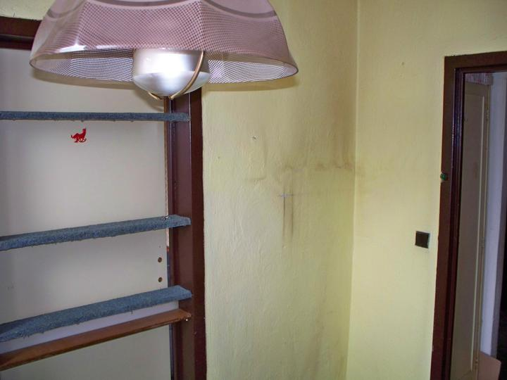 Náš byt-krůček po krůčku - Dveře z kuchyne do obyváku ála poličky