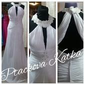 svatební šaty s vlečkou i na vysokou nevěstu, 40