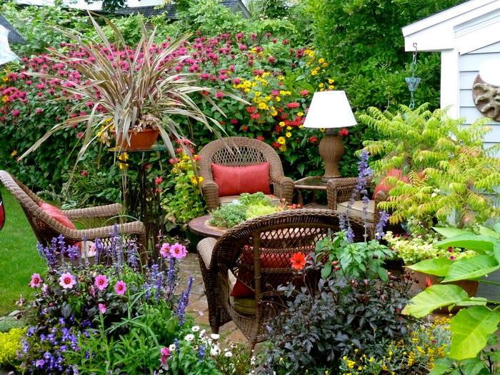 ... keď záhrada rozkvitne ... - Obrázok č. 17