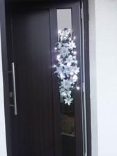 vianočná ozdoba na dvere