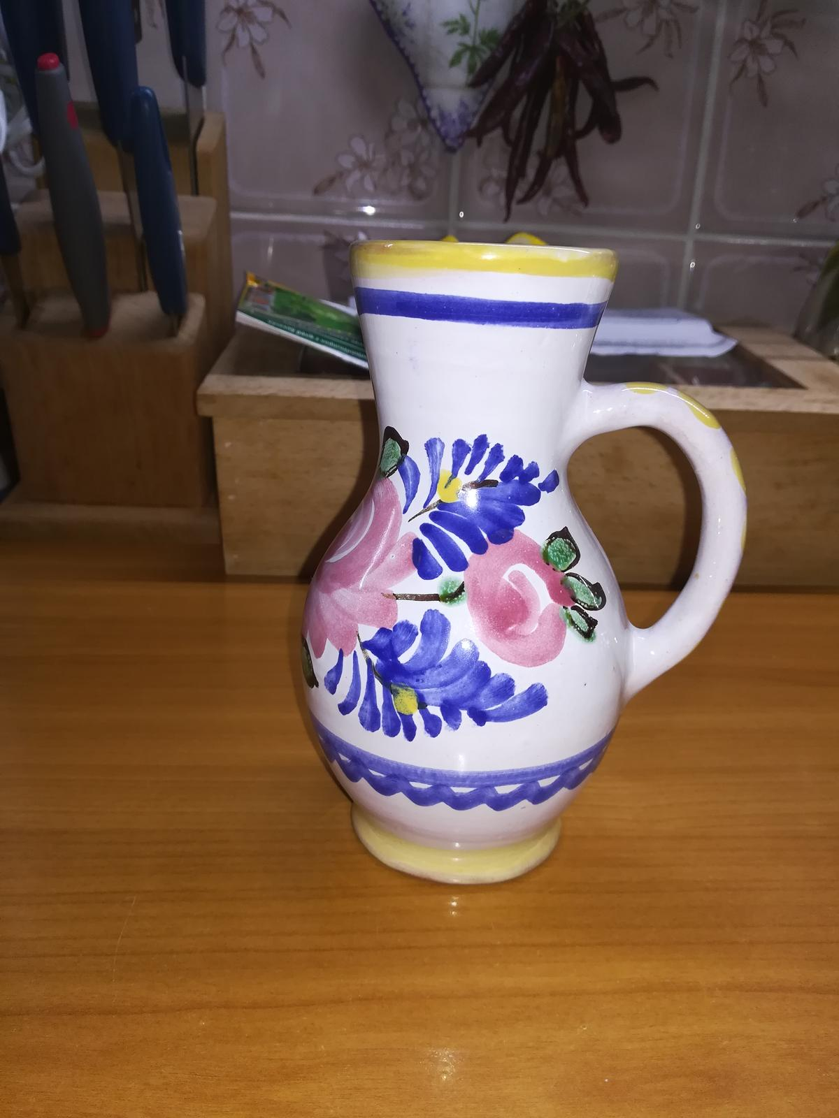 dzbanik z modranskej keramiky - Obrázok č. 1