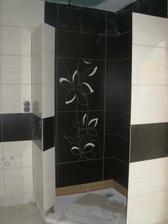 Sprchový kút z druhej strany