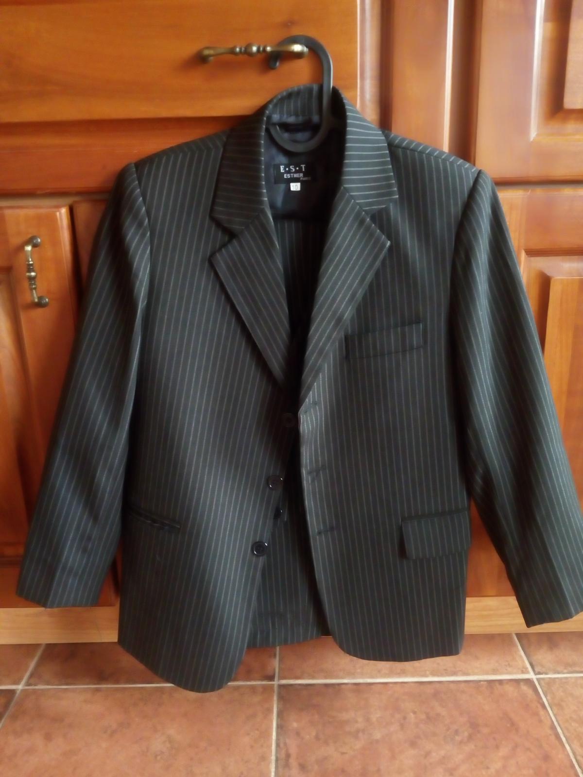 Chlapecký společenký oblek - Obrázek č. 1