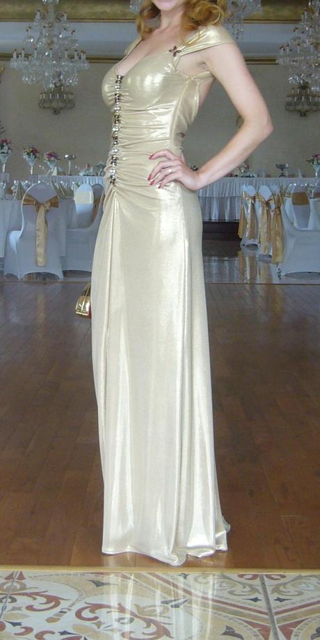 Elegantné perleťové šaty - Obrázok č. 1