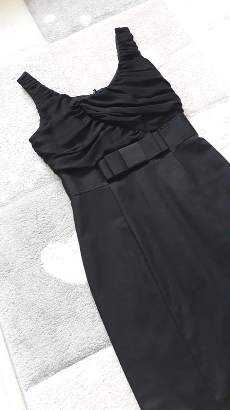 Púzdrové šaty - Obrázok č. 1