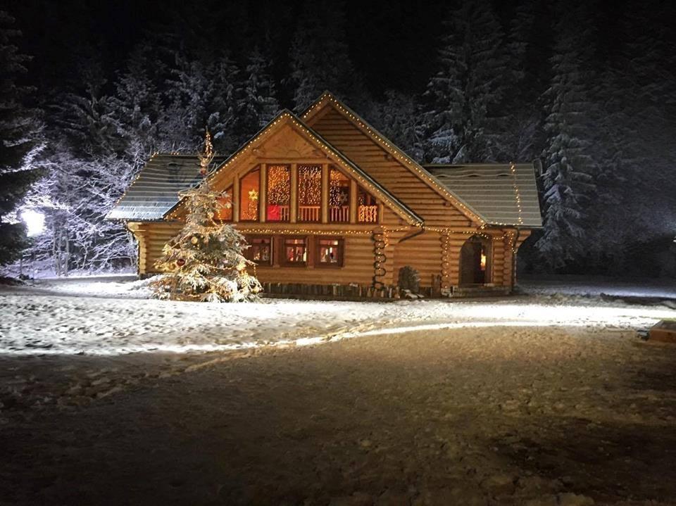 Výroba drevených a drevo-hliníkových okien a dverí - Obrázok č. 1