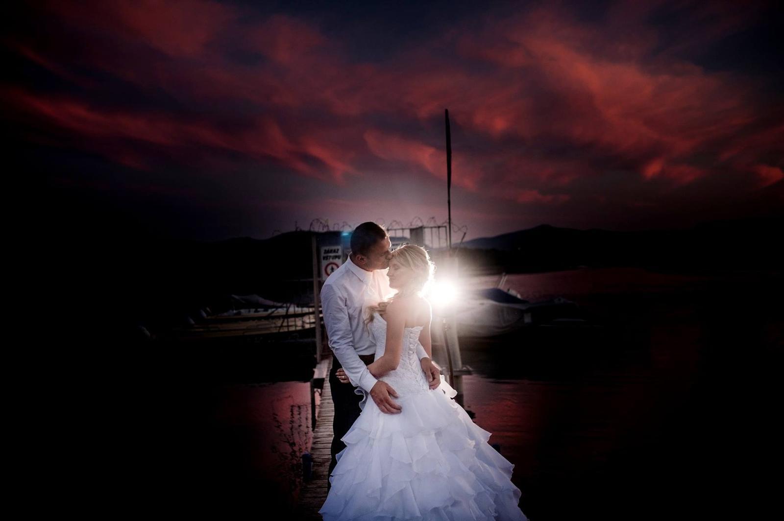 Hezký den milá nevěsto... - Obrázek č. 1