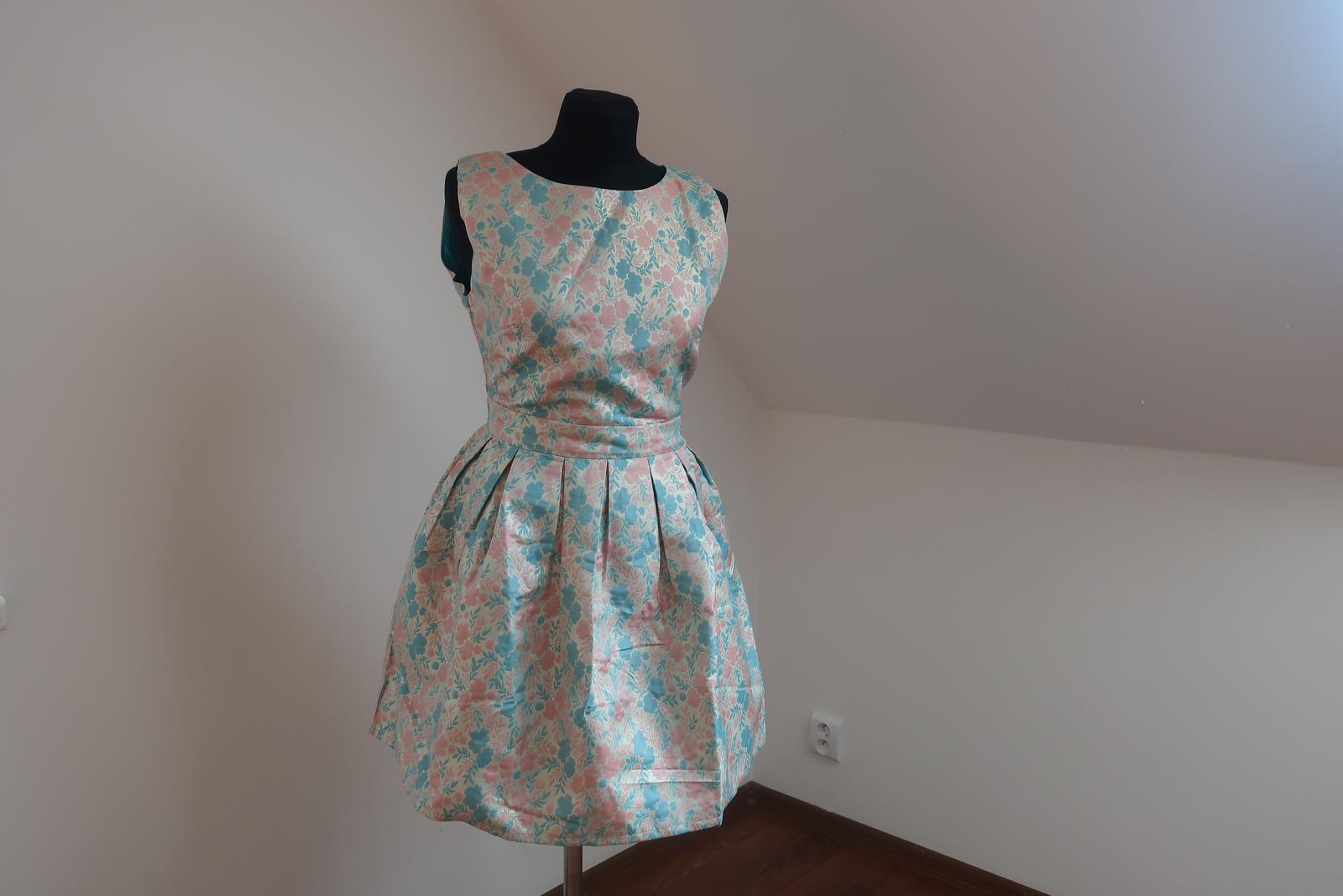 Tyrkysovo-zlaté šaty - Obrázok č. 1
