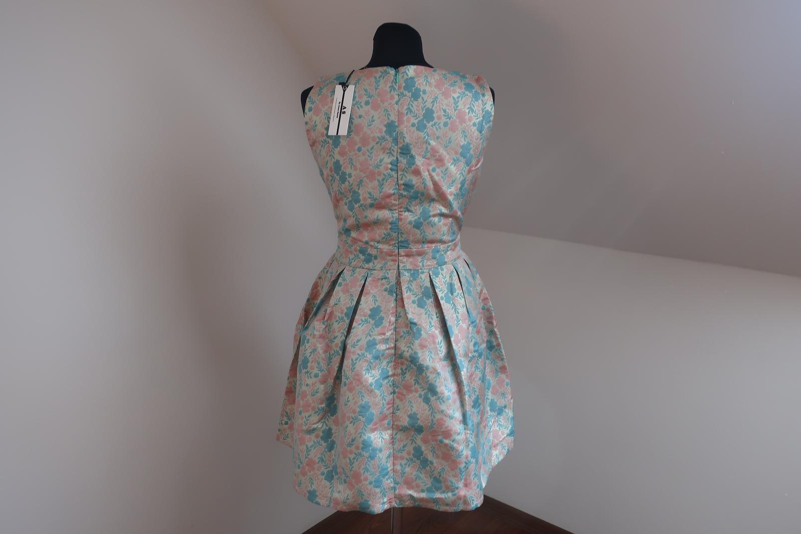 Tyrkysovo-zlaté šaty - Obrázok č. 2