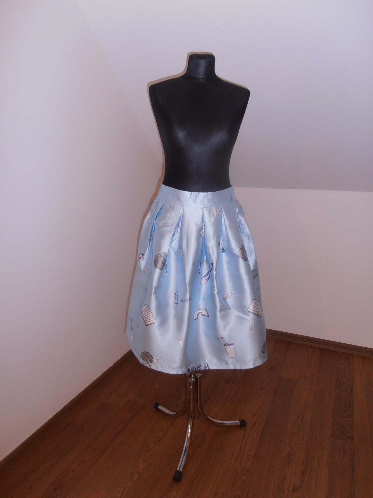 Modrá suknička - Obrázok č. 1