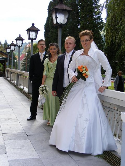 Iveta a{{_AND_}}Jan Novotní - pekne krasne vsetci pokope
