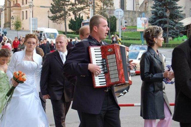 Iveta a{{_AND_}}Jan Novotní - a ideme pekne do saly