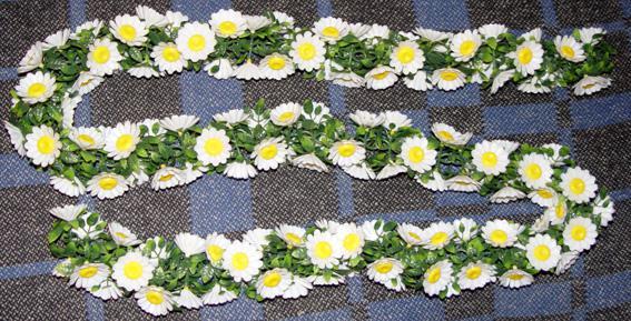 Svadobné oznámenie a ostatné na 1.10.2005 - kvetinové reťaze na výzdobu sály