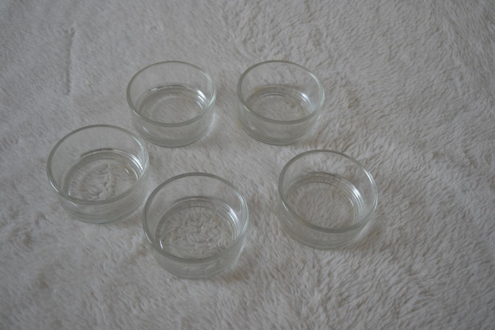 Svietniky na malé čajové sviečky - Obrázok č. 1