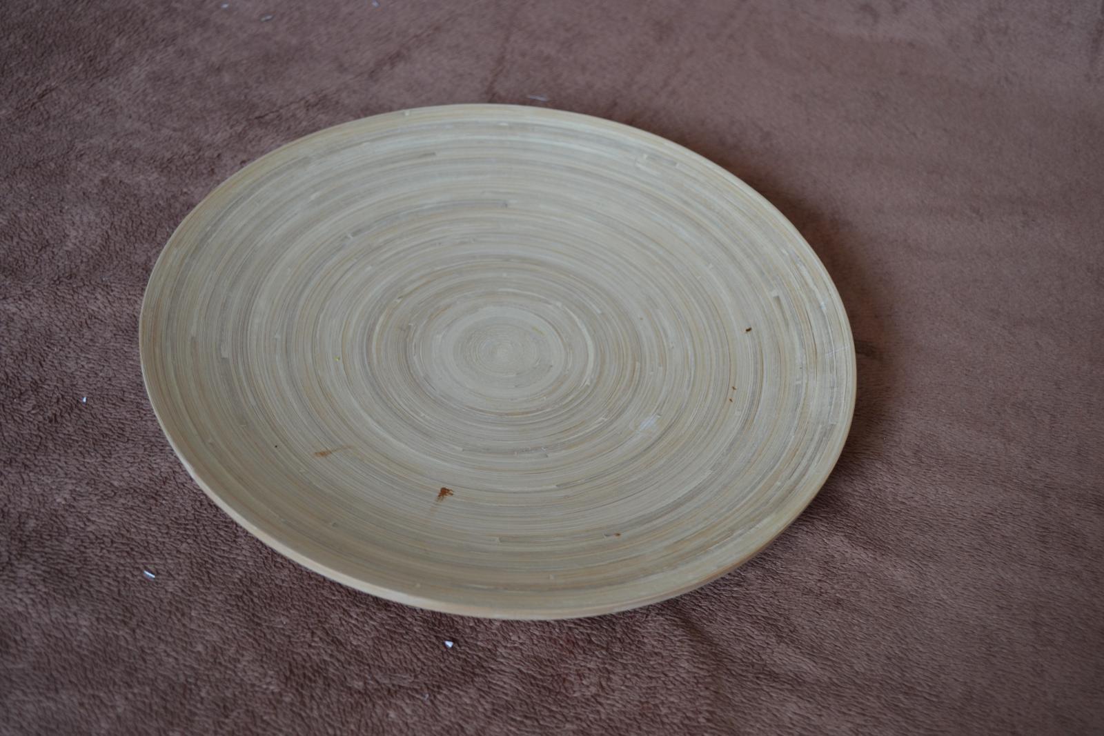 Dekoračný drevený tanier - Obrázok č. 1