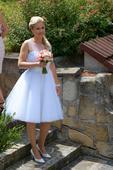 Krátké puntíkované retro svatební šaty, 38
