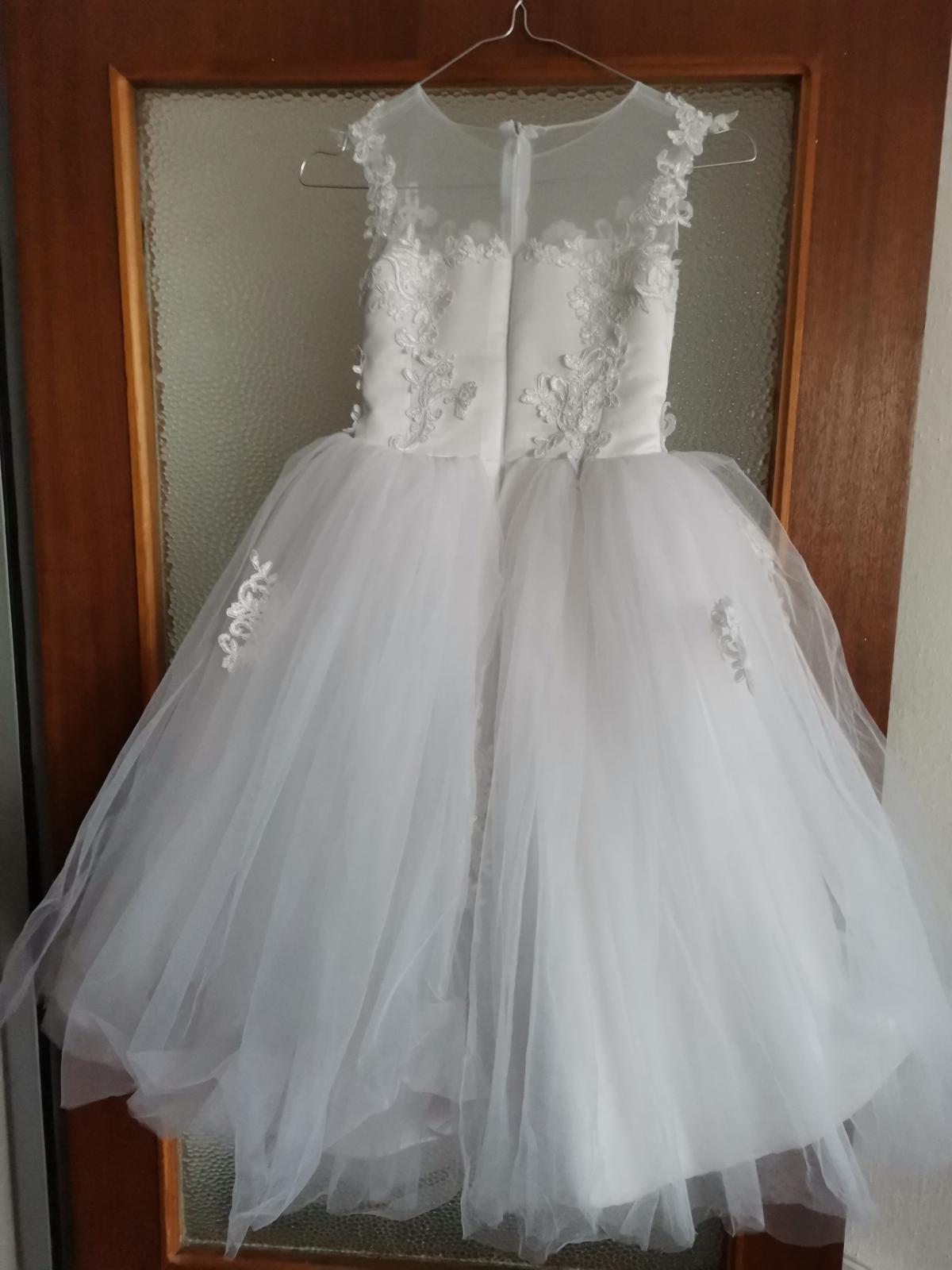 Biele šaty pre družičku - Obrázok č. 1