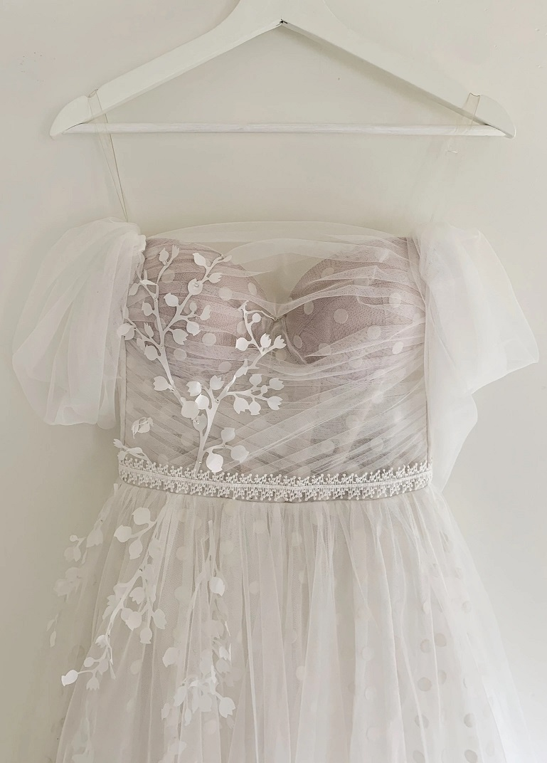 Netradičné svadobné šaty - Obrázok č. 4