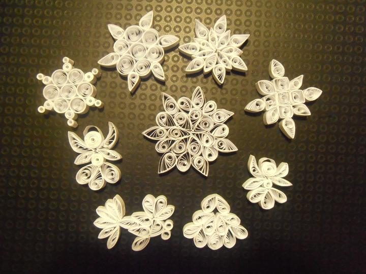 Naše handmade Vánoce 2012 - už jich umotala 35 :-D