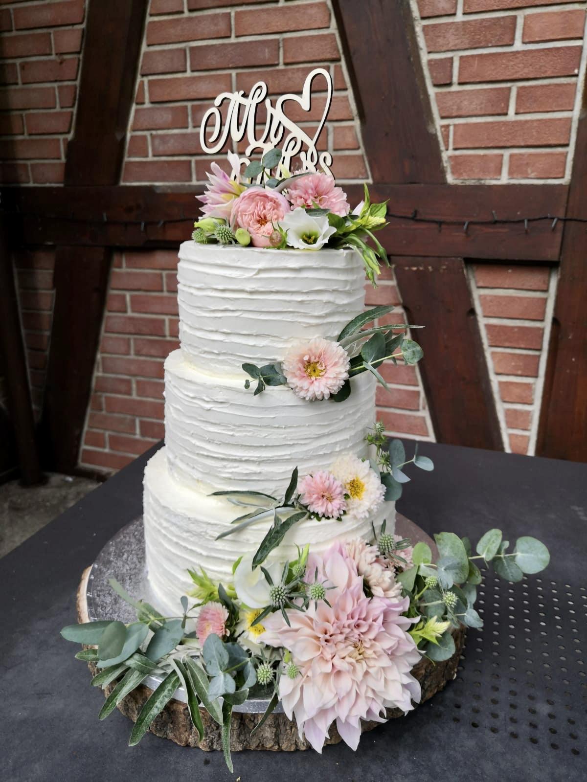 Náš svatební dort -... - Obrázek č. 2