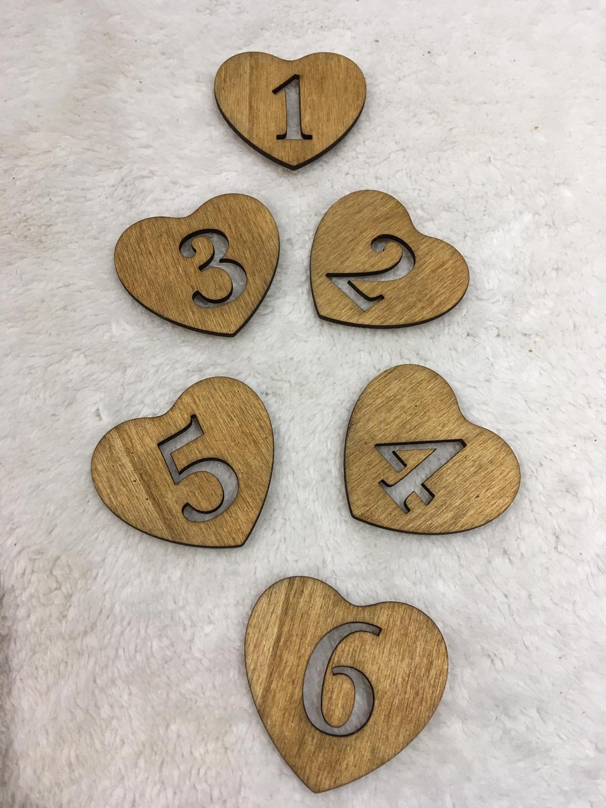 Dřevěná čísla v srdíčku - Obrázek č. 1