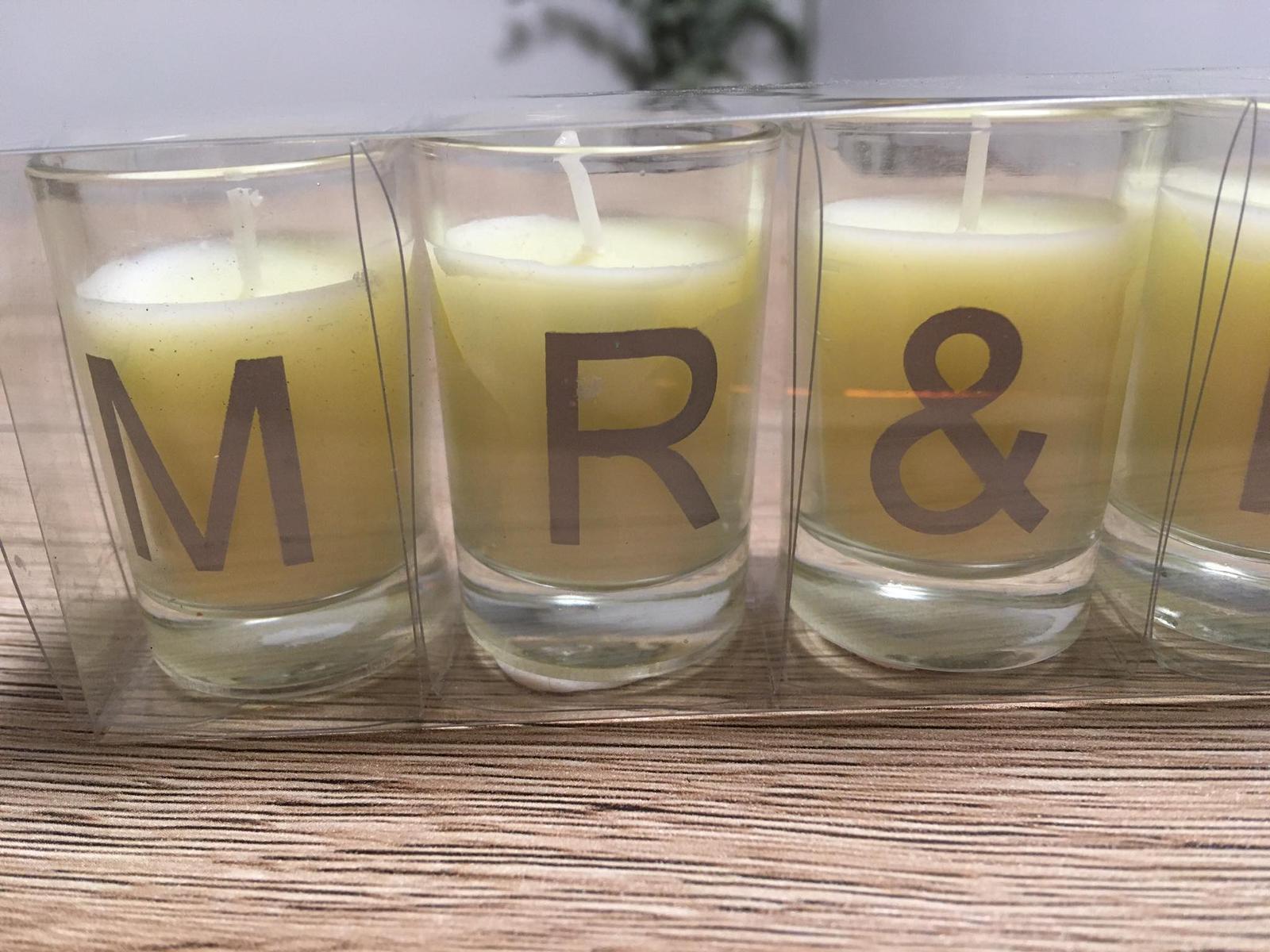 Svíčky s nápisem mr @ mrs - Obrázek č. 3