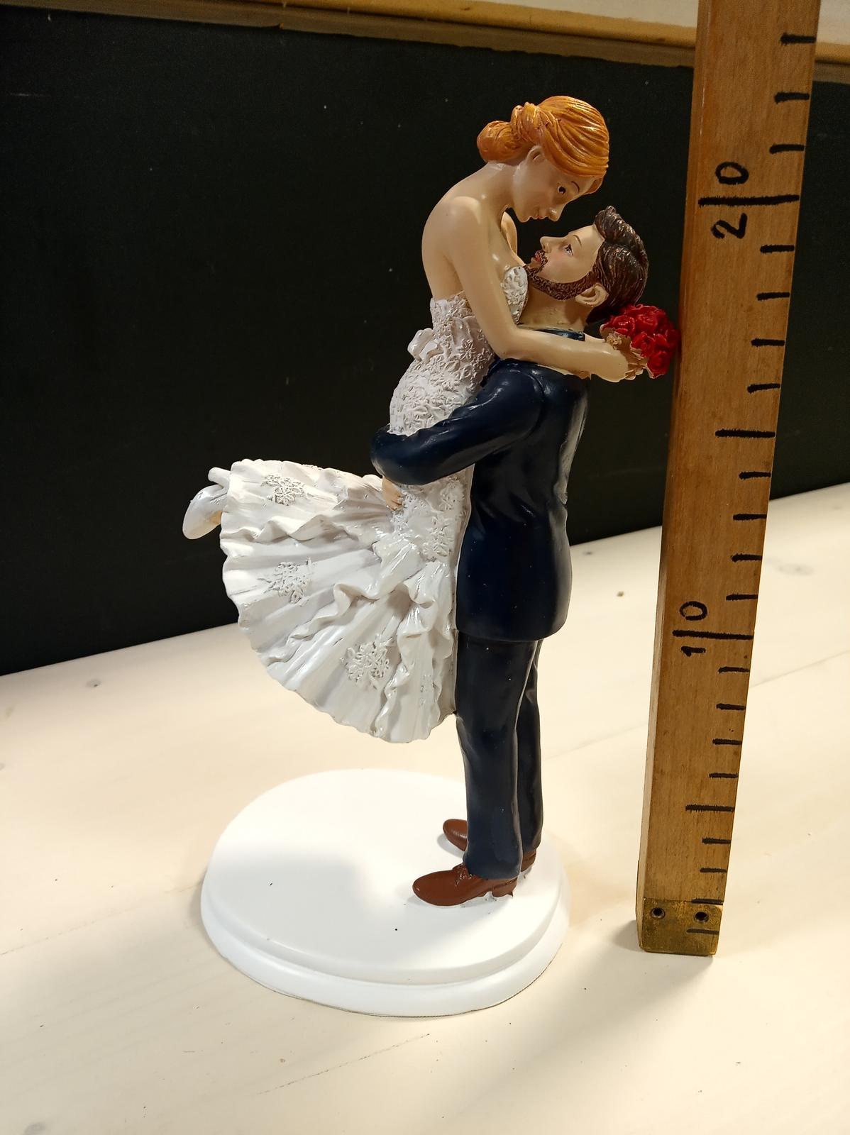 Postavička na svadobnú tortu - Obrázok č. 3