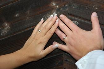 ruce - tím bychom to mohli ukončit, že jo :-))