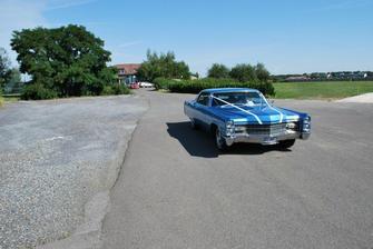 Cadillac Sedan rok výr. 1966