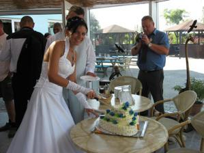 krájení dorta