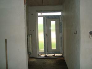 zadverie s novymi dverami
