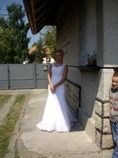 ja v svadobnych satach este doma