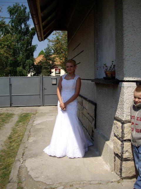 Ada a miki, 25.4.2009 - ja v svadobnych satach este doma