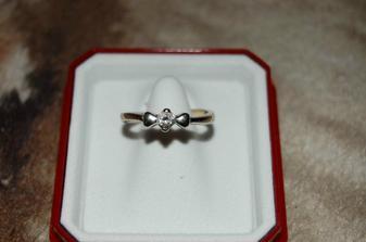 první prstýnek, čekám teď nový se žádostí o ruku