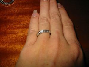 moje nová žádost o ruku, není krásný?