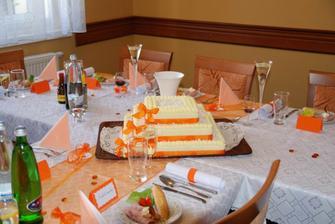 svatební dort a výzdoba