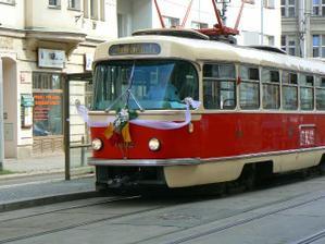 svatebni tramvaj