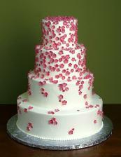 Takovýhle dort bychom chtěli - jen ubrat jedno patro a kytičky oranžové