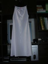 A toto jsou moje šatičky na večer...ráda bych zůstala ve svatebních pokud možno klidně do rána...ale jistota je jistota :o))