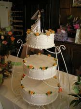Náš svatební dortík - výýýborný...