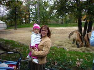 Já s Kristýnkou u koníčků :-)