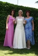troje šaty od Gábiny Páralové