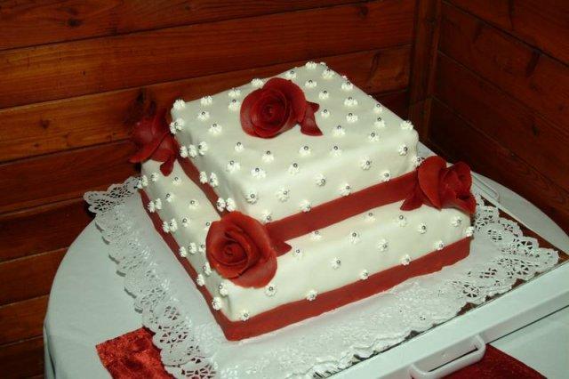 Svatební dort - ten se mi zatim líbil nejvíc