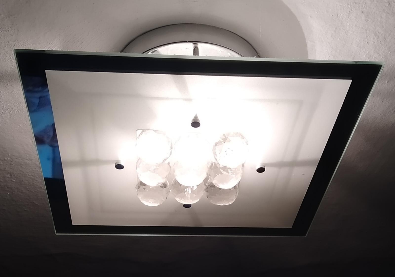 stropné svietidlo - Obrázok č. 1