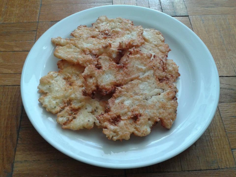 Peču a vařím :-) - květákové placičky