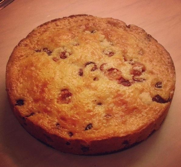 Peču a vařím :-) - koláč plný třešní
