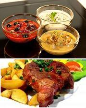 1)hl.chod-vepř.steak z panenky,americké brambory a 3druhy omáček