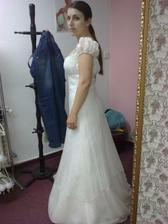 šaty_01 z boku