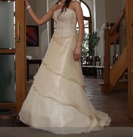 Svatební šaty velikost S ( 36-38 ) - Obrázek č. 1